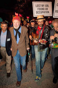 Pete Seeger marches with participants in Occupy Wall Street. AccuNet/AP