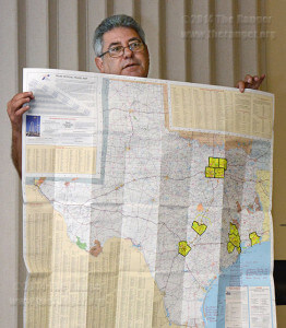 The Rev. Javier Leyva, director of United Methodist Immigration Ministry of South Texas, shows where unaccompanied minors who fled their country are living in Texas. In the first Hot Potato lunch of the semester today in the Methodist Student Center Leyva said 29,890 unaccompanied minors lived in the US and 4,829 lived in Texas from Jan. 1 to July 31. Photo by Neven Jones