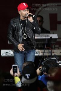 "Francisco Javier ""Frankie J"" Bautista, Grammy-nominated singer and former Kumbia King, performs his hit song ""Suga Suga.""  Photo by E. David Guel"