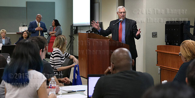 Chancellor Bruce Leslie answers questions from students at the Student Dialogue and Listening Forum Sept. 16 in Room 208 of the nursing complex. Students asked him about parking concerns, trouble accessing ACES and other issues. Photo by Danielle Kelly